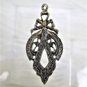 Vintage Pendant Silver Ornate Pendant